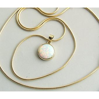 Gold necklace with Opal pendant