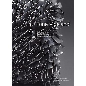 Tone Vigeland - Jewelry - Objects - Sculpture by Angelika Nollert - 97