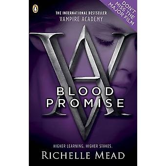 Blood Promise by Richelle Mead - 9780141331867 Book
