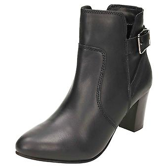 Comfort Plus Wide E Fitting Leather Mid Heel Ankle Boots