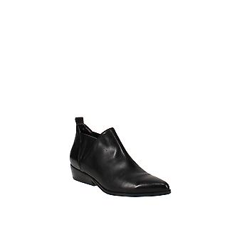 Kendall + Kylie | Violet Leather Ankle Booties