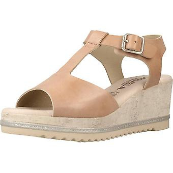 Carmela Sandals 66319c Color Taupe