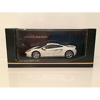 Minichamps 530133021 McLaren MP4-12C 2011 White Limited Edition