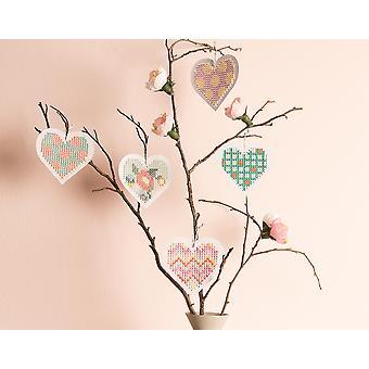8 Love Heart Shaped Broderi Cross Stitch Boards - Valentines Hantverk