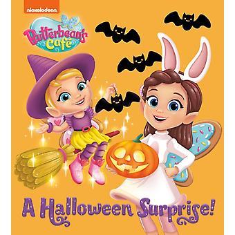 En Halloween Overraskelse Butterbeans Cafe av Random House & Illustrated av Marcela Cespedes Alicea