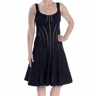 Nanette Lepore | Destination Dress