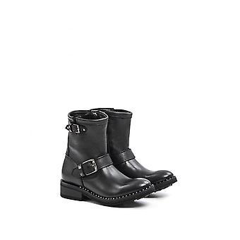 Soho Black Ash Mexican Boots