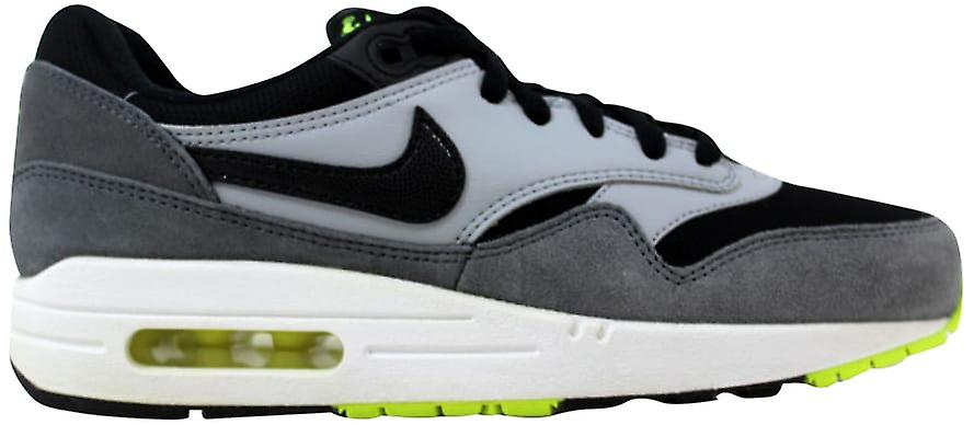 sports shoes 1ea53 b3d3f Nike Air Max 1 Black Black-White-Dark Grey 555766-047 Grade