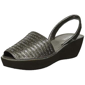 Kenneth Cole Reaction Womens fine stripe Fabric Peep Toe Casual Slide Sandals