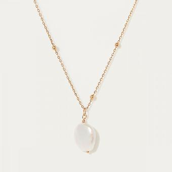 Golden necklace and mother-of-pearl