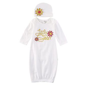 חלוק שמלת תינוקות שזה עתה נולד