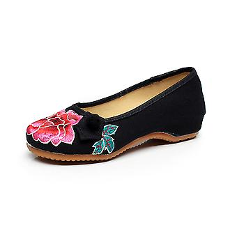 Women's Chinese Vintage Ethnic Embroidery Low Heel Flat Elevator Cheongsam Dress Shoes One Buckle