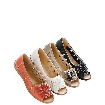 Chums Ladies Flower Slip On Open Toe Sandal