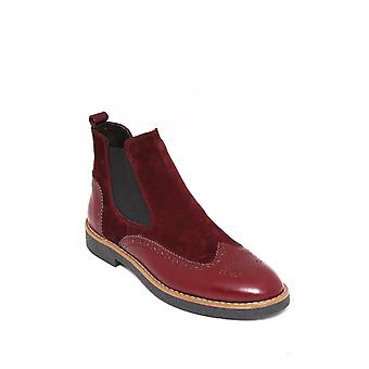 Burgundy chelsea boots | wessi