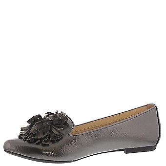 Beacon Women's Shoes Claire Almond Toe Ballet Flats