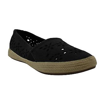 Mia Women's Shoes Finnley Canvas Closed Toe Espadrille Flats