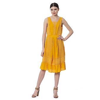 Keltainen mekko Silvian Heach Naiset