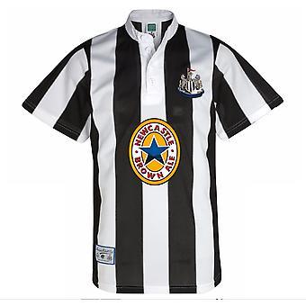Pisteet kiinnittää Newcastle United 1996 koti paita