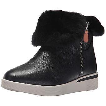 Gentle Souls Womens Hazel-Levitt Leather Closed Toe Ankle Cold Weather Boots