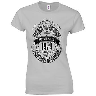 40 års fødselsdag gaver til kvinder hendes modnet 1979 T-shirt