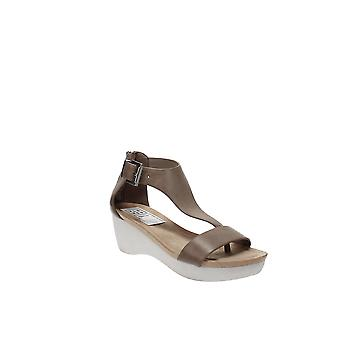 Reaction Kenneth Cole | New Gal Sandals