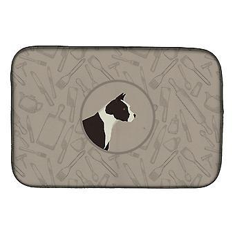 American Staffordshire Terrier i kök skålen torkning matta