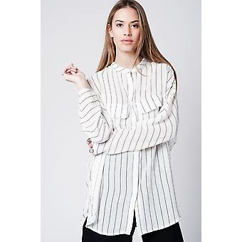 Chemise longue à rayures blanches
