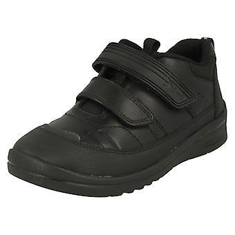 Startrite garçons portant dur école chaussures boulon
