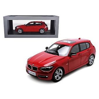 BMW F20 1 Série Rouge 1/18 Diecast Car Model par Paragon