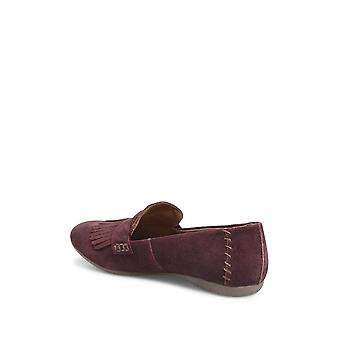 Born Womens McGee Leather Closed Toe