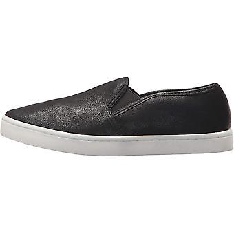Report Women's Arvey Sneaker