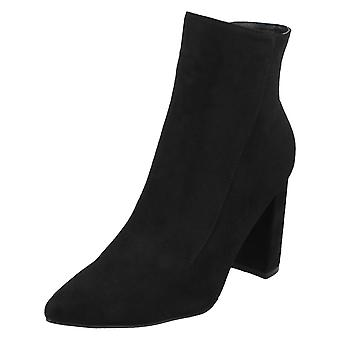 Ladies Spot On Zip Up Ankle Boots F51140