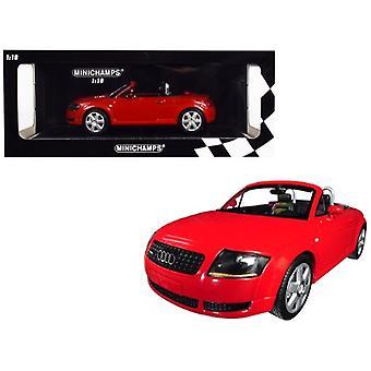 1999 Audi TT Roadster Red Limited Edition à 300 pièces dans le monde 1/18 Diecast Model Car par Minichamps