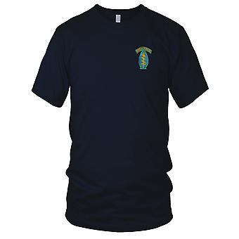 E.U. Exército das forças especiais no ar - boinas verdes - azul bordada Patch - Mens T-Shirt de guerra do Vietnã