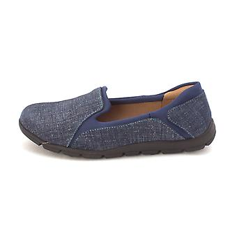 Comfortiva Womens cantrall Closed Toe Loafers