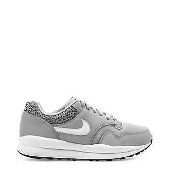 Nike Original Hombres All Year Sneakers - Color Gris 35621