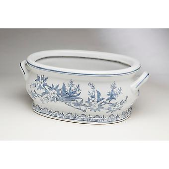 AA Importing 59842 Blue And White Planter