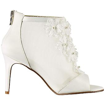 Adrianna Papell Donne's Aida Ankle Boot