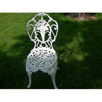 Table et chaises blanches de patio de bistrot placent le siège extérieur de jardin de meubles