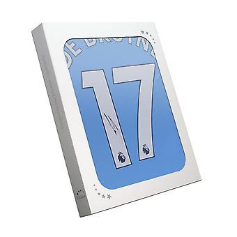 Kevin De Bruyne podpisał kontrakt z Manchesterem City na rok 2019/20. W pudełku na prezenty