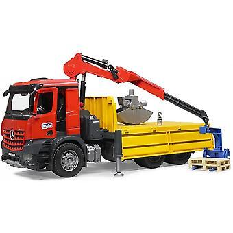 برودر -- مرسيدس بنز Arocs شاحنة البناء مع الكرين البليت 1:16 03651
