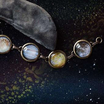 سوار القمر الجليل