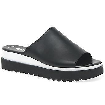 غابور زلة إصبع القدم فتح إميلي روز على الأحذية