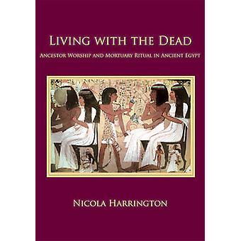 Vivre avec les morts - le culte des ancêtres et le rituel funéraire dans l'antiquité