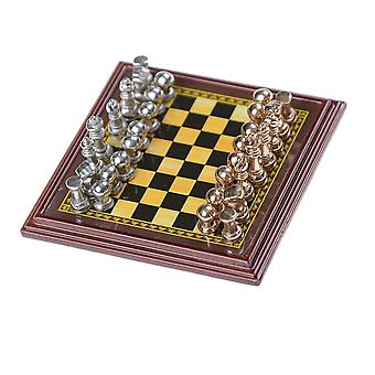 Wooden Chessboard  Game Set With King, Outdoor Classic Zinc Alloy Pieces
