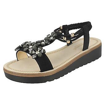 Hyvät Savannah kukka helmillä sandaalit F10872