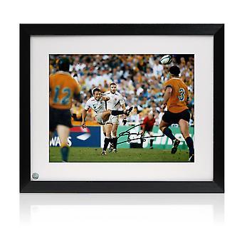 Jonny Wilkinson ondertekende 2003 Rugby World Cup Photo: moment van glorie. Framed