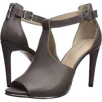 Kenneth Cole New York Women's Brylie Peep Toe T-Strap Dress Sandal Heeled, Gr...