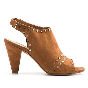 Sandal Tacco Medio Lissa Leather With Studs