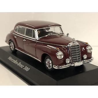 Maxichamps 940039060 1951 Mercedes Benz 300 Dark Red 1:43 Scale